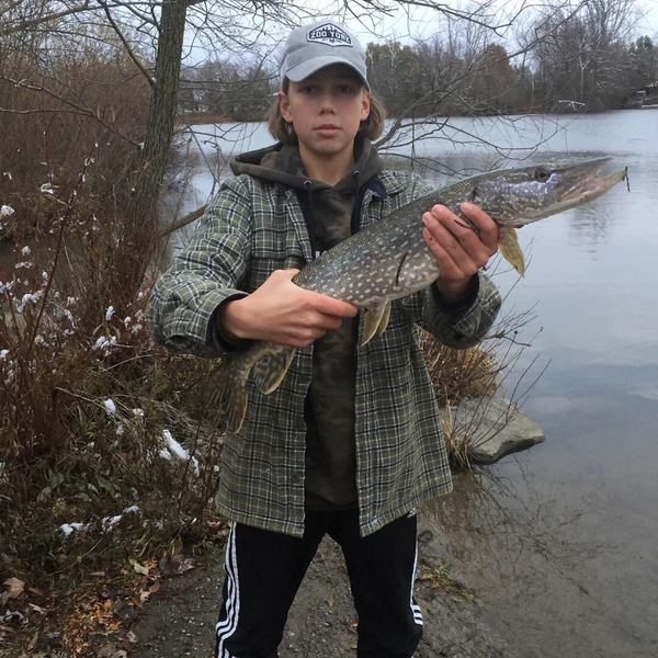 6 lbs / 22 in Northern pike caught by Kyler Robinson